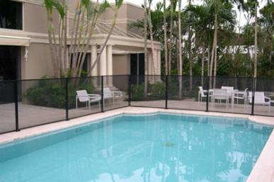 Pool fences tropical design hawaii for Pool design hawaii
